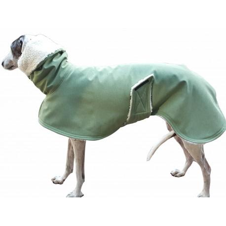 Softshellmantel lindgrün-meliert mit Kapuze, gefüttert mit Baumwoll-Teddy-Plüsch, warm, RL 73 cm, Brustumfang 70-75 cm